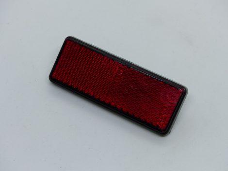 Hátsó prizma téglalap piros ZT-69-70